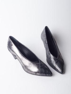 Chaussures en cuir motif python velours à talon